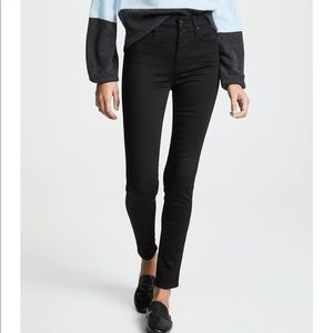 """Madewell▪️10"""" High Rise Jeans in Carbondale Wash."""